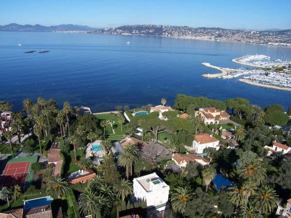 Знаменитый «сосед» Кап-д'Ай – Княжество Монако.  Экскурсия из Кап-д'Ай в Монако