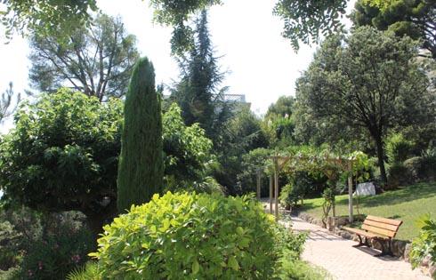 Парки и сады Кап-д'Aй